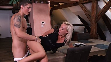 VIP SEX VAULT - MILF Sucks and Fucks Her Younger Stud Dry