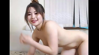 Sexy young girl on webcam Sugar kiss