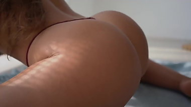 Hot Ukrainian goddess Nastya Nass twerk her young juicy ass