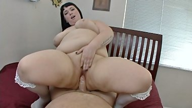 Swiney's Pro-Am scene #78 BBW Alexxxis Huge Cum Facial