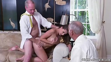 Homemade daddy patron's daughter old brazilian xxx guy