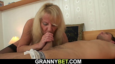 Hairy pussy blonde grandma picked for young cock riding