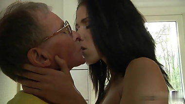 Oldman fuck girl in the kitchen