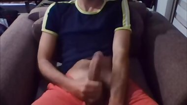 25 Yo Turkish Boy Nazmi Quick Cum With His BIG Dick
