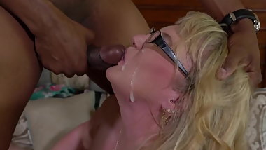 White Pawg Slut Loves Young Hung BBC. Seducing black boys.