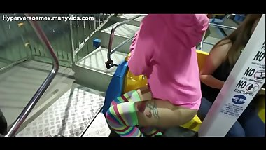 young girl shows her boobs on the ferris wheel