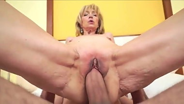 A mature slut is fucked and filled