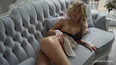 Young Beauty Jenny Q Demonstrates Her Shaved Pussy in Softcore At