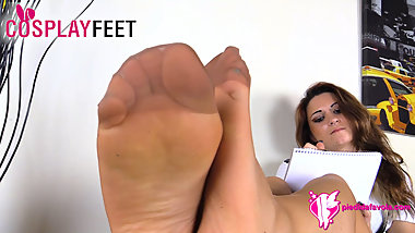Young Schoolgirl pantyhose feet in your face
