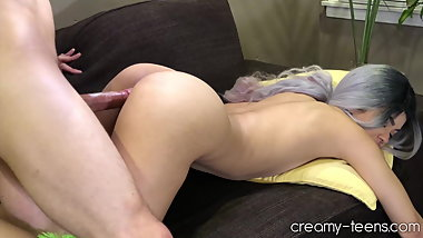 Young girl cowlgirl then doggystyle till creampie