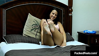 Fucked Feet - Young Tiffany Taylor Foot Fucks Cock With 7.5s